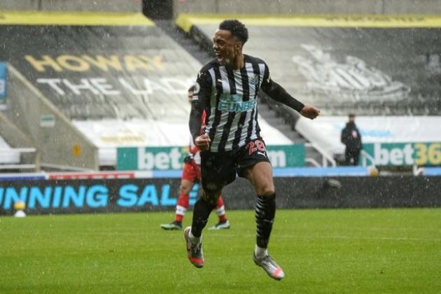 Joe Willock wants to stay at Newcastle  - Bóng Đá