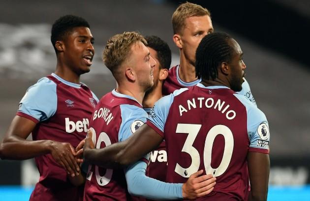 Pedro Neto vs. West Ham [pitch rank] - Bóng Đá