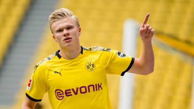 Paul Scholes tips Manchester United or Chelsea to sign Erling Haaland this summer ahead of Real Madrid and Barcelona   Read  - Bóng Đá