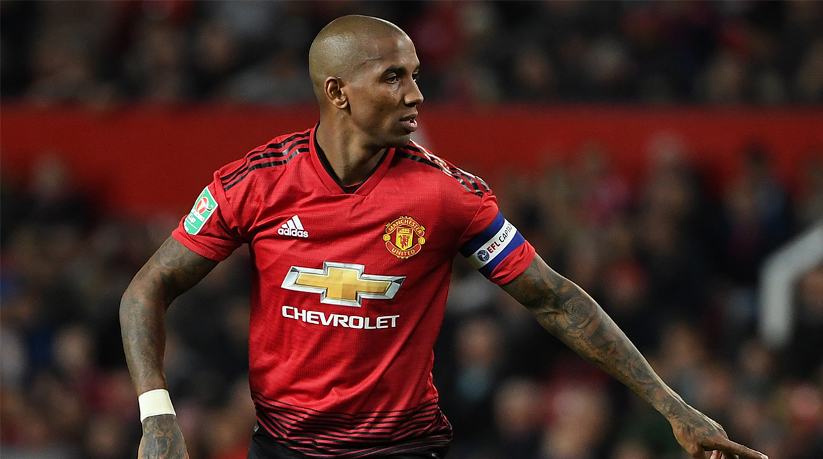 Watford ready to welcome Ashley Young - Bóng Đá
