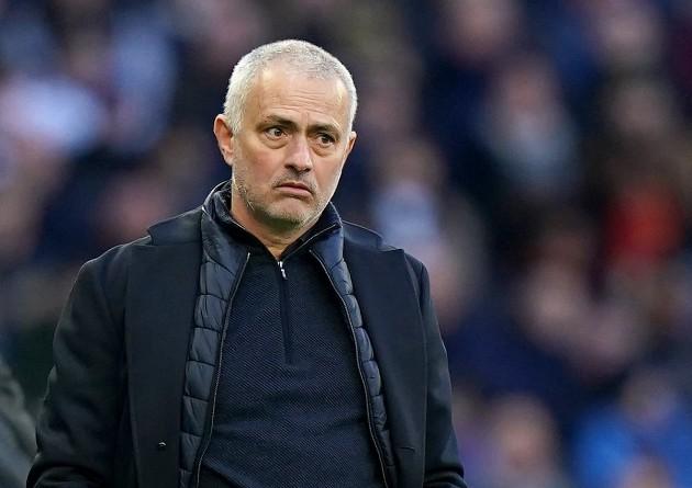 Lucky88 tổng hợp: Mourinho đánh giá cơ hội của 'HLV tệ nhất lịch sử Premier League' ở EURO
