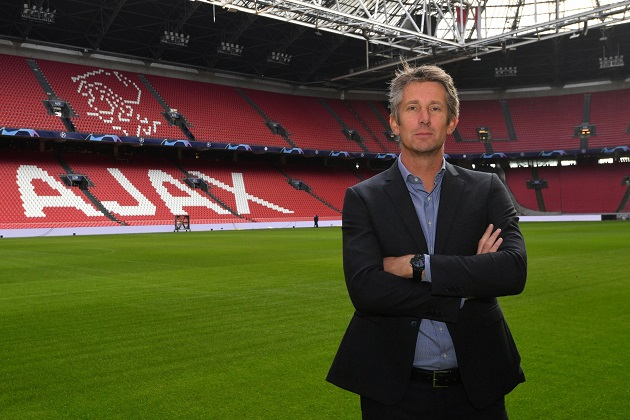 Edwin van der Sar responds to speculation he could replace Ed Woodward at Manchester United responds-to-speculation-he-could-replace-ed-woodward-at-manchester-united-14507191/?ito=newsnow-feed?ito=cbshare  Twitter: https://twitter.com/MetroUK | Facebook: https://www.facebook.com/MetroUK/ - Bóng Đá