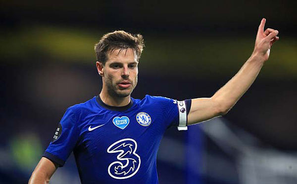 Chelsea star Cesar Azpilicueta has theory and explains squad reaction after Leicester loss - Bóng Đá