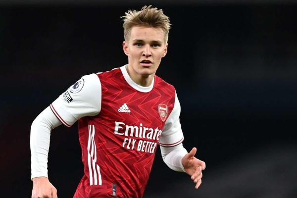 Charles Watts has been sharing some details concerning the future of on-loan midfielder Martin Odegaard.  - Bóng Đá