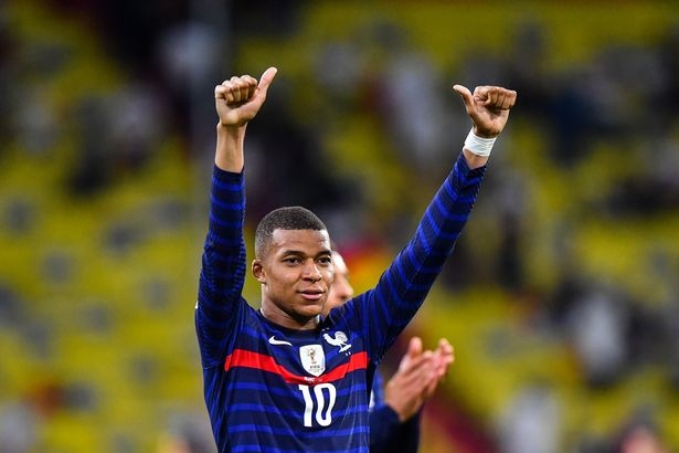 There's nothing between Kylian and #LFC this summer. - Bóng Đá