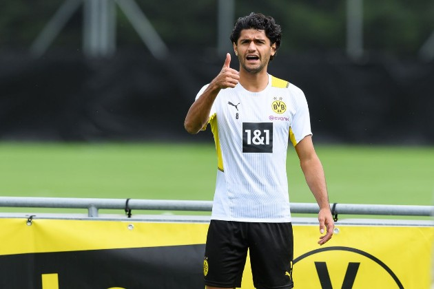 Chelsea and Man City transfer blow as target Mahmoud Dahoud signs new one-year contract at Borussia Dortmund - Bóng Đá