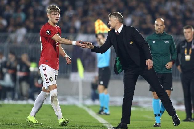 Mặc kê Solskjaer, sao trẻ Man Utd đã đúng khi quyết tâm rời OTF - Bóng Đá