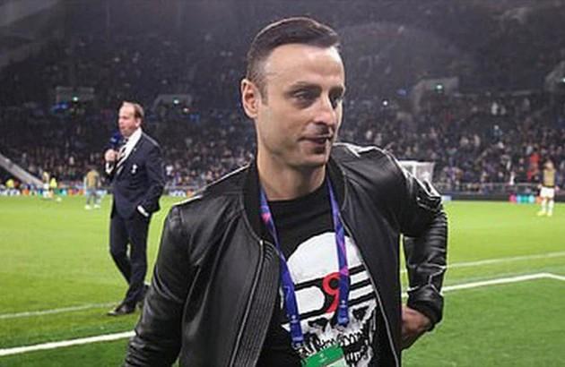 Dimitar Berbatov tells Manchester United boss Ole Gunnar Solskjaer to sign a right back in January  - Bóng Đá