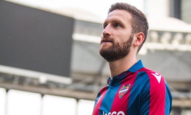 Ex-Arsenal defender Mustafi on Levante choice: I need to feel loved - Bóng Đá