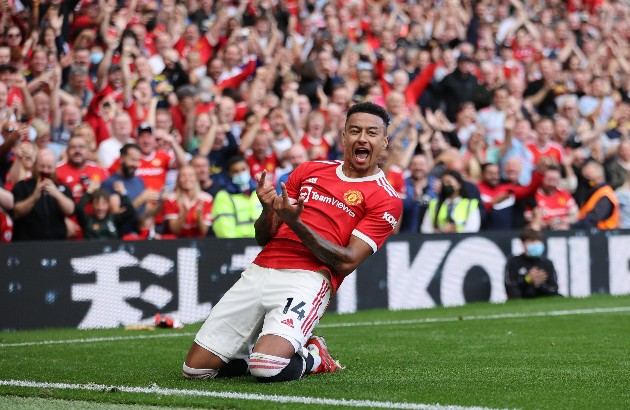 Manchester United will consider selling England attacking midfielder Jesse Lingard, 28, for £15m in January - Bóng Đá