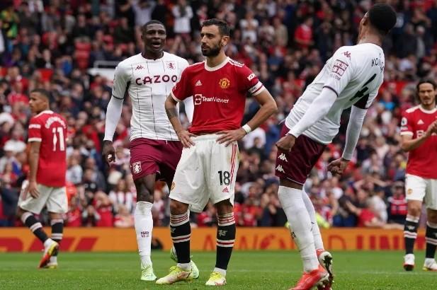 Journalist Duncan Castles reveals intriguing details over Bruno Fernandes & Cristiano Ronaldo's Man Utd penalty drama - Bóng Đá
