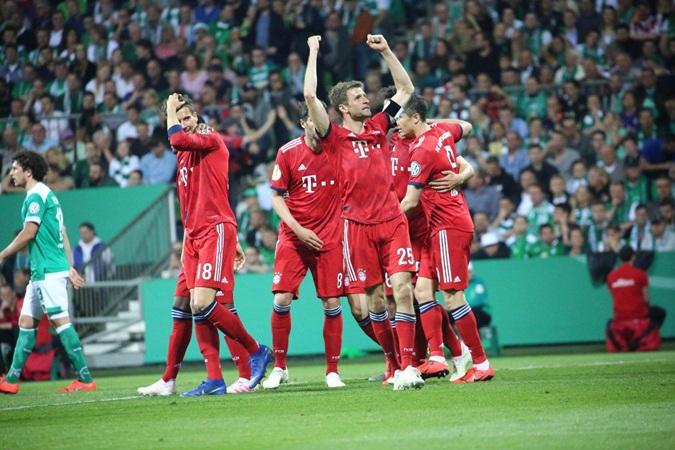 Bremen 2 - 3 Bayern: