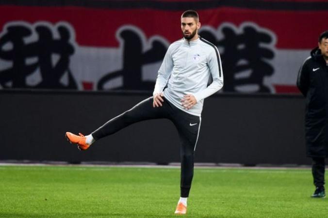 Khó nhằn vụ Sane, Bayern chuyển hướng sang