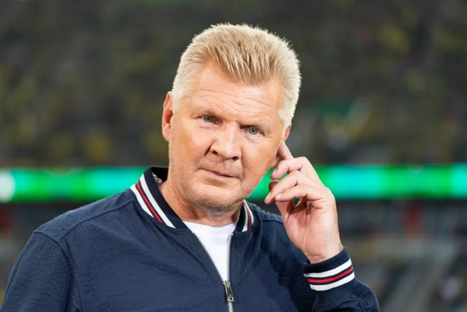 Steffan Effenberg criticizes Bayern's squad and advises Leroy Sané to stay in Manchester - Bóng Đá