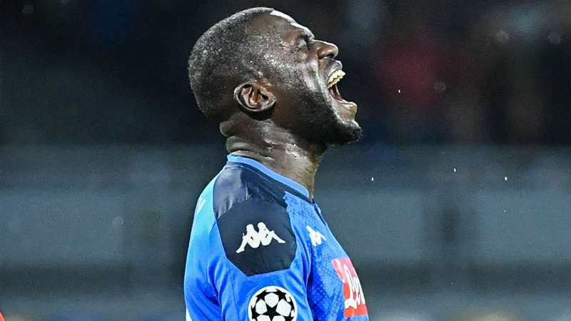 Gueye: It would be great to bring 'my general' Koulibaly to PSG - Bóng Đá