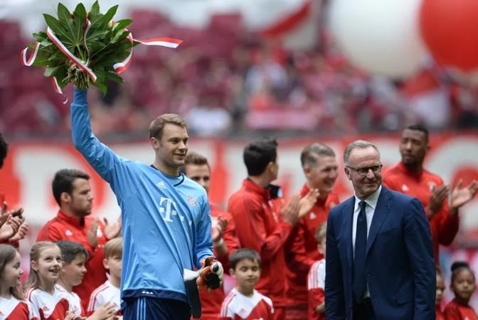 Karl-Heinz Rummenigge confident Manuel Neuer will extend his contract at Bayern Munich - Bóng Đá