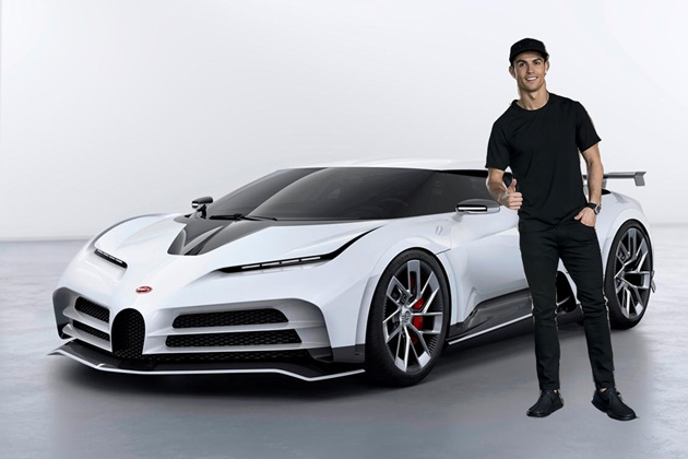 Cristiano Ronaldo's Newest Toys Are a Bugatti Centodieci and a Yacht - Bóng Đá