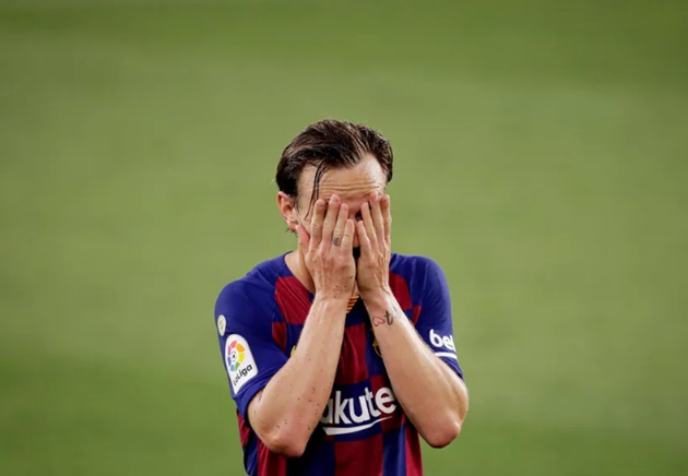 Vừa rời Barca,