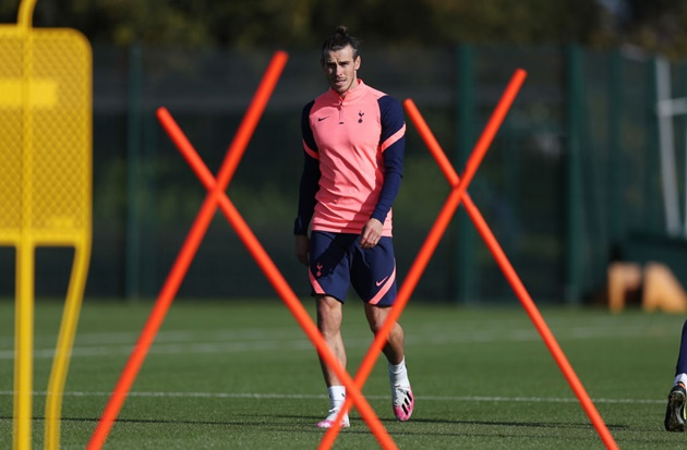 Tottenham fans delighted as report claims Gareth Bale will start in Europa League - Bóng Đá