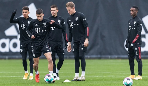 Ảnh tập Bayern Munich trước trận gặp Dortmund - Bóng Đá
