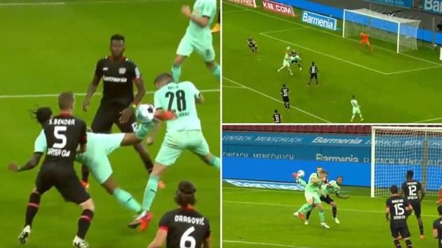 Lazaro scores absurd overhead backheel goal for Gladbach - Bóng Đá