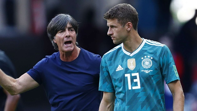 Löw on whether this game could open the door for the veteran players to return - Bóng Đá