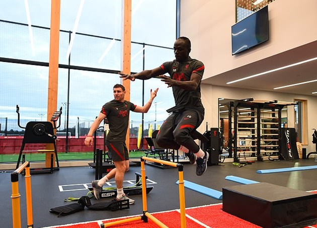 Fabinho back with the squad in a gym session at the new Kirkby training - Bóng Đá