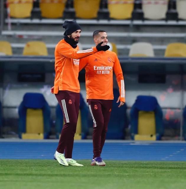 Ảnh Benzema trở lại tập luyện - Bóng Đá