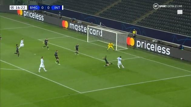 Bàn thắng đầu của Inter trước Gladbach - Bóng Đá