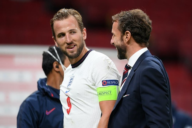 Gareth Southgate challenges Harry Kane to prove he is world's best striker ahead of Lewandowski clash - Bóng Đá