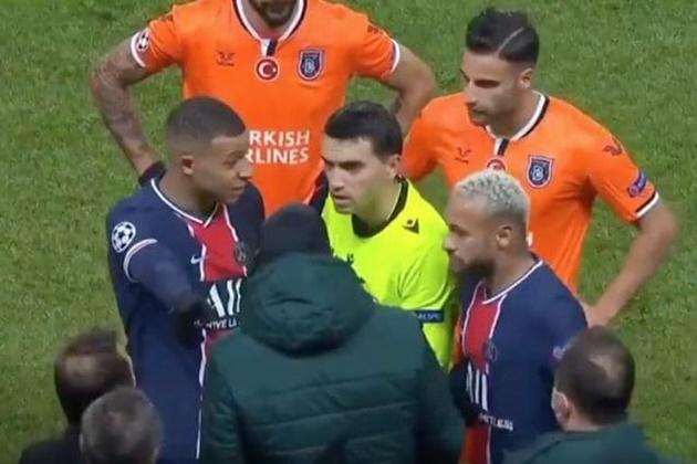 Mbappe ủng hộ PSG bỏ trận đấu để bênh vực Istanbul - Bóng Đá