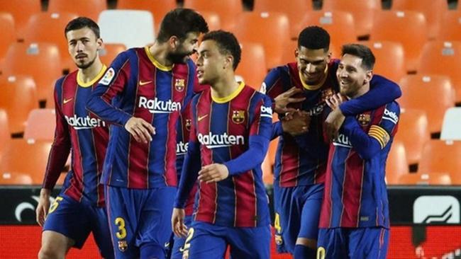 Ăn tiệc tại nhà Messi, dàn sao Barca dính họa vì luật cách ly - Bóng Đá