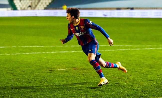 """11Bet news: BLĐ Barca ra mặt, """"niềm tự hào La Masia"""" xác định rõ tương lai"""