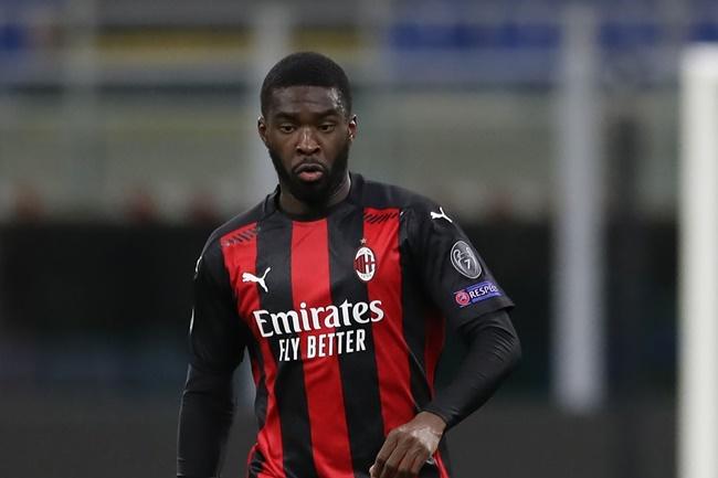 Giành vé Champions League, AC Milan chuẩn bị