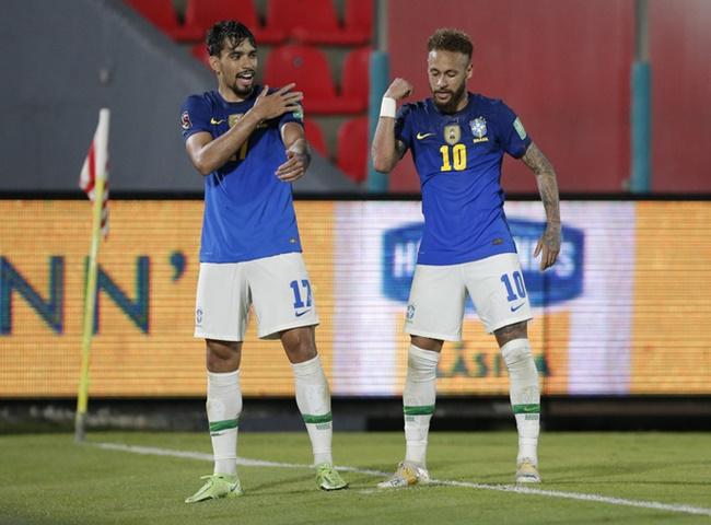 Neymar gây sốt, tiến sát mục tiêu của Pele - Bóng Đá