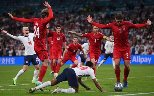Truyền thông Italia mỉa mai chiến thắng của ĐT Anh - Bóng Đá