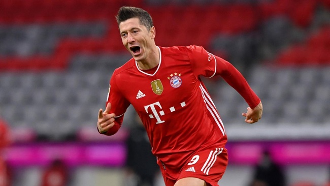 Zahavi will soon hold talks with Bayern bosses over a potential new contract for Robert Lewandowski  - Bóng Đá