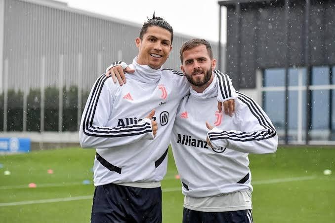 Miralem Pjanic on playing with Ronaldo and Messi - Bóng Đá
