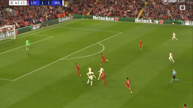 Thua trận nhưng sao Milan đã vạch trần sự thật về Liverpool - Bóng Đá