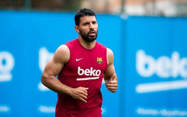 Sergio Aguero set return date as wait continues for Barcelona debut - Bóng Đá