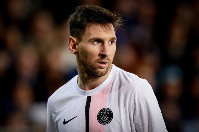 Messi đang gặp khó khăn tại PSG - Bóng Đá