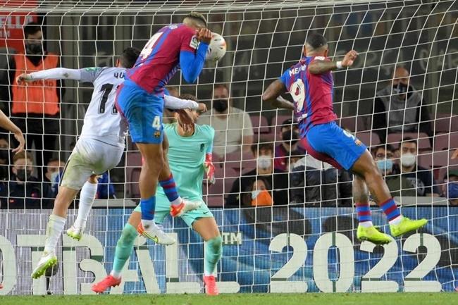 Koeman đang tái hiện hình ảnh thảm họa của Man Utd tại Barca - Bóng Đá