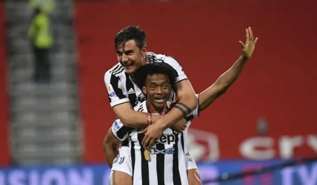 Sếp lớn Juventus xác nhận giữ chân 2 ngôi sao - Bóng Đá