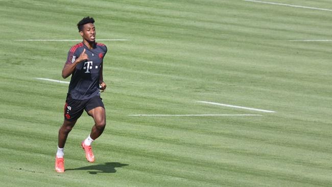 Bayern đón tin vui từ cơn lốc đường biên - Bóng Đá