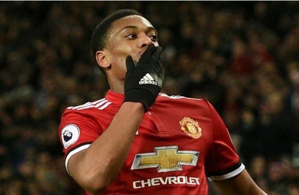 Arsenal thà mua Martial còn hơn Mkhitaryan - Bóng Đá