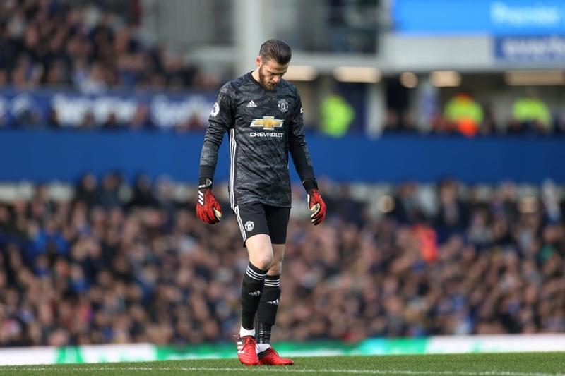 Paul Pogba và những cơn đau đầu của Man United - Bóng Đá
