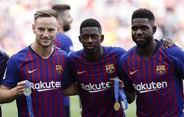 Người hâm mộ Barca đồng tình việc Rakitic ra đi - Bóng Đá