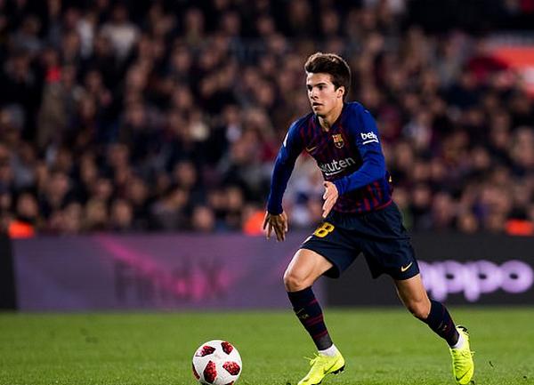 Barcelona to block Riqui Puig loan move - Bóng Đá