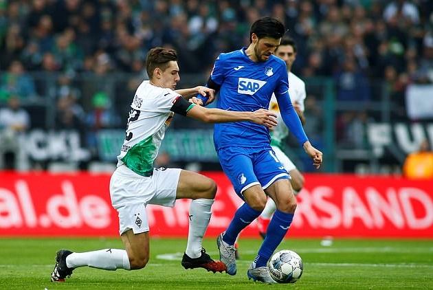 Arsenal eyeing move for Florian Grillitsch - Bóng Đá