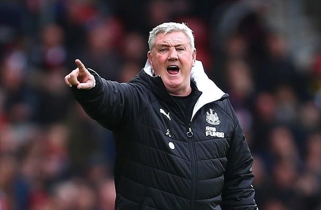 Newcastle boss Steve Bruce calls for Premier League to suspend matches amid spread of coronavirus - Bóng Đá